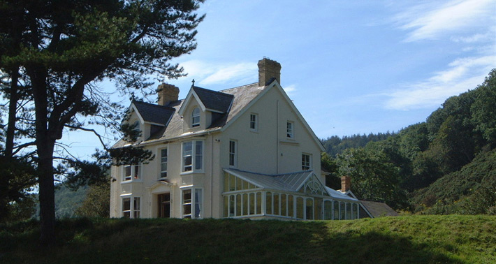 Birthday Party Accommodation, Dog Friendly Accommodation Wales