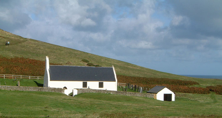 The-Church-at-Mwnt-is-thought-to-have-been-a-stopping-off-point-for-pilgrims-to-Bardsey.jpg